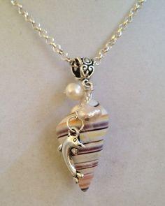 Shell y collar de perlas por joytoyou41 en Etsy