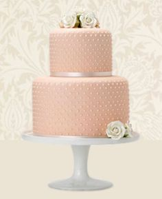 Beautiful Peach and Pearl Wedding cake (photo courtesy of Maise Fantaisie wedding cakes) Beautiful Wedding Cakes, Beautiful Cakes, Simply Beautiful, Wedding Cake Pearls, Cake Wedding, Red Wedding, Pearl Cake, London Cake, Wedding Cake Designs