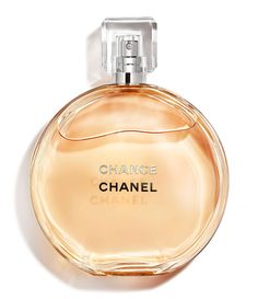 Filled with vitality and energy, CHANEL CHANCE Eau de Toilette is an unexpected, unpredictable floral fragrance that evolves from one moment to the next. Perfume Chanel, Chanel Store, Shopping Chanel, Chanel Beauty, Coco Chanel, Beauty Makeup, Chanel Chance, Allure Homme Sport, Beleza
