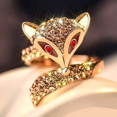Bling Fox Ring in Colden Color