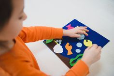 Need ideas for keeping your kids occupied on your next trip? Alamo Chief Travel Mom and founder of DearCrissy.com Crissy Page shows you how to create a fun DIY felt board to keep little imaginations happy during your travels.