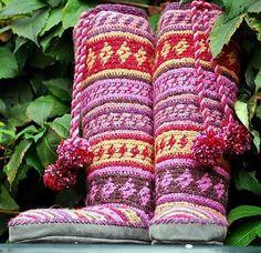 Crochet Mukluks & Slipper Socks by Erssie Major -- AWESOME!