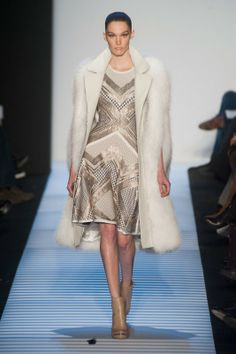 This Herve Leger by Max Azria line is so and modern at the same time, and I want to live in it. Runway Looks We Love: Herve Leger by Max Azria - Herve Leger by Max Azria from Fashion Week, Love Fashion, High Fashion, Fashion Show, Fashion Design, Fashion Trends, Fashion 101, Max Azria, Couture Fashion