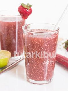 hours · Vegan Gluten free · Makes cups · This strawberry rhubarb chia seed drink calls for less than ten ingredients and minimal cooking but is still refreshing, filling and flavourful AF. Dairy Free Recipes, Vegan Gluten Free, New Recipes, Fruit Water, Fruit Juice, Breakfast Dessert, Chia Seeds, Health And Nutrition, Strawberry