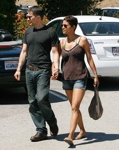 Halle Berry & Olivier Martinez take to the streets of LA. Halle wears James Jeans Shorty in US Vintage - Shop her style: http://jamesjeans.us/shorty-8159