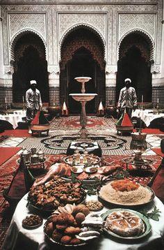 Moroccan Ryad in Fez. Moroccan Art, Moroccan Interiors, Moroccan Design, Moroccan Style, Moroccan Colors, Art Marocain, Mekka, Islamic Architecture, Arabian Nights