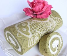 How to Make a Decorated Matcha (Green Tea) Cake Roll - Snapguide Recipe
