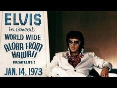 """takingcare-of-business: """"Elvis at a press conference announcing his upcoming Aloha From Hawaii concert, Las Vegas, September """" Musica Elvis Presley, Elvis Presley Albums, Elvis Presley Photos, Elvis Aloha From Hawaii, Jimmie Rodgers, Las Vegas, Elvis In Concert, Elvis Cd, Audio Songs"""