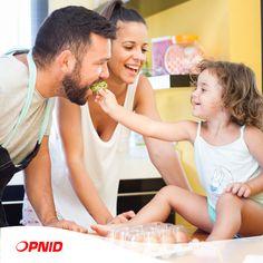 Saviez-vous qu'une alimentation variée et riche en calcium, phosphore, fluor et vitamines A, B et C contribue à prévenir l'apparition des caries?