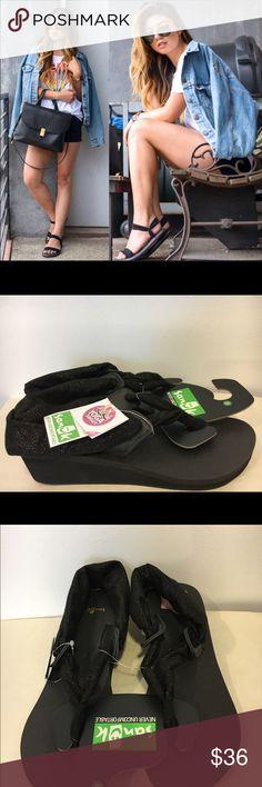 5b1e9ea9a55f ❤️Sanuk Yoga Mat Sandals New With Tags‼️Friday Flash Sale‼ Sanuk Yoga Mat  Wedge in Metallic Black!