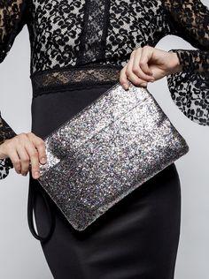 Geantă plic argintiu cu negru Miss Selfridge cu particule strălucitoare Miss Selfridge, Bags, Fashion, Purses, Moda, Fashion Styles, Taschen, Totes, Hand Bags