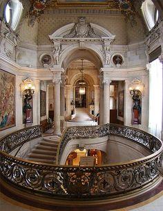 The Château de Chantilly, Chantilly, France. - www.castlesandmanorhouses.com
