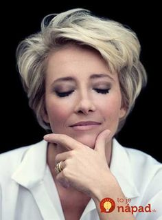 Best Short Haircuts for Older Women 2014 – Latest Bob HairStyles (this reminds me of a subtle Marilyn Monroe) Modern Short Hairstyles, Layered Bob Hairstyles, Best Short Haircuts, Popular Haircuts, Haircut Short, Hairstyle Short, Modern Haircuts, Updo Hairstyle, Haircut Styles For Women