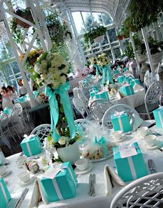 Tiffany's themed wedding <3