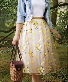 Modest Fashion 821132944549584664 - Source by Modest Casual Outfits, Cute Skirt Outfits, Cute Skirts, Cute Summer Outfits, Classy Outfits, Modest Fashion, Spring Outfits, Fashion Outfits, Day Date Outfits