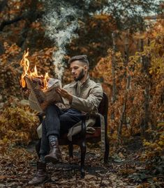 Dreamlike and Surreal Photography by Viktor Dikanchev Traumhafte und surreale Fotografie von Viktor Dikanchev Fire Photography, Portrait Photography Men, Concept Photography, Surrealism Photography, Photography Poses For Men, Creative Photography, Photography Hashtags, Funny Photography, Photography Classes