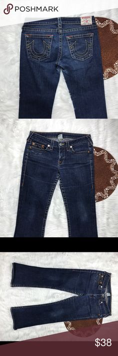 True Religion Bobby Women Jeans Size 30 BEAUTIFUL Great item , please see pictures for more information   There are NO Major Flaws with this item. If you notice a flaw that we did not mention, please contact us first before leaving negative feedback. We are only human and may make a mistake once in a while.   From Smoke Free Home True Religion Jeans Boot Cut