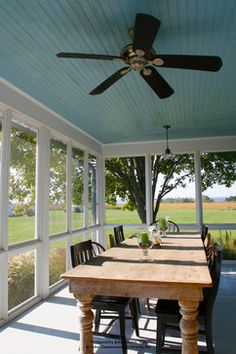 Back porch ideas will make your backyard more valuable. You can create the back porch as the place to spend your evening time with family. Here are some porch idea for you as the references. Screened Porch Designs, Screened In Porch, Enclosed Porches, Decks And Porches, Outdoor Rooms, Outdoor Living, Outdoor Kitchens, Farmhouse Addition, Farmhouse Front