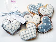 ❤nice pretty blue and white heart cookies