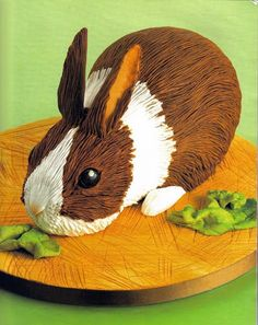 Home of international cake designer, author and sugarcraft expert, Lindy Smith. Easter Bunny Cake, Easter Treats, Bunny Party, Easter Food, Bling Cakes, Minnie Mouse, Rabbit Cake, Farm Cake, Paw Patrol Cake