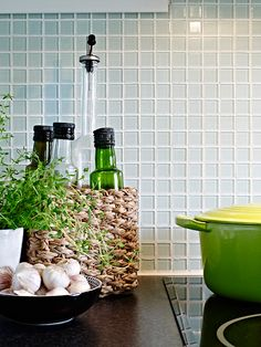 love the glass tile