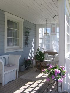 Outside Porch Love Seat Rest Area Whitewashed Cottage chippy shabby chic french country rustic swedish decor idea Outdoor Rooms, Outdoor Living, Outdoor Decor, Porch Veranda, Swedish Decor, Vibeke Design, Enclosed Porches, Summer Porch, Building A Porch
