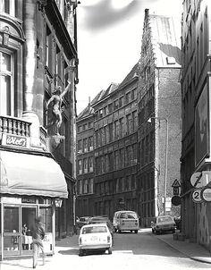 Kaasstraat, 17 - 19 en den hoek van de hoek Suikerrui. Antwerpen jaren 70