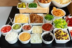 Nacho Bar Ideas - A Tasty Game Day Party Buffet - Moms & Munchkins - Nacho bar ideas - Nacho Bar Party, Taco Bar, Nacho Cheese Sauce, Party Food Bars, Parties Food, Dessert Nachos, Great Recipes, Favorite Recipes, Vegetarian Recipes