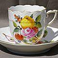 Tasse Herend Hungary en porcelaine peinte à la main