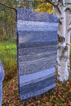 Rag Rugs, Recycled Fabric, Woven Rug, Weave, Display, Inspiration, Biblical Inspiration, Knit Rug, Billboard