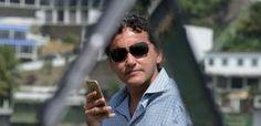 """O que faz, o que pensa e quem é o """"melhor comentarista"""" de notícias do Brasil"""