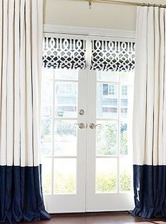 Ooooo, I never thought to put Roman shades on our French doors (even though we put one on our balcony door in our room). Must do on new set of French doors going in dining room! @ DIY Home Design French Door Curtains, Curtains With Blinds, Roman Blinds, Drapery Panels, Blinds For French Doors, Window Treatments French Doors, French Doors Patio, Blue Curtains, Window Blinds