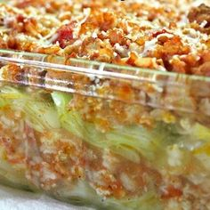 These casserole healthy dinner recipes are chalked full of vegetables and use nutritious ingredients like zoodles, quinoa, cauliflower rice so that you can eat your favorite casserole recipes guilt-free! These healthy casseroles are the perfect skinny meals for dinner. Healthy Casserole Recipes, Casserole Dishes, Healthy Dinner Recipes, Macaroni Casserole, Healthy Dinners, Copycat Recipes, Beef Recipes, Chicken Recipes, Cooking Recipes