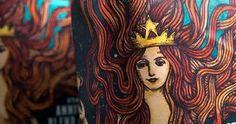 Víctor Meléndez es quien desde hace ocho años hace diseños para la famosa marca de café Starbucks.