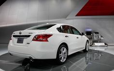 Thursday 19th November 2015 01AM ~ Nissan Altima, Cars Image Galleries