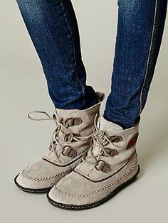 sorel joplin boot.. my favorite for dry winter days