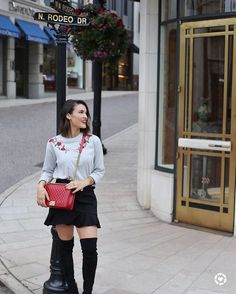F A S H I O N // A lil' behind the scenes from today's FALL fashion shoot!💁🏻 All about those ROSES, RUFFLES and RED bags!✔️✔️✔️ Check out my Insta Story for a few of my fave spots around la la land!❤️ Y'all, Janet was on RODEO Dr. today!! Wooohooo! 🙊🤗 Pronounced RO-DEE-O 🙊 SO many fun things coming to the blog soon!! - S H O P this look early with the @liketoknow.it app or DM me for links! // http://liketk.it/2sFeI #liketkit #LTKunder50 #ootd #fallfashion #falltrends  Via…