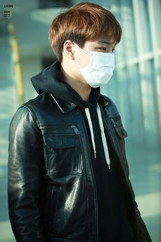 Incheon Airport to Macau 151120 : Kai (2/2)