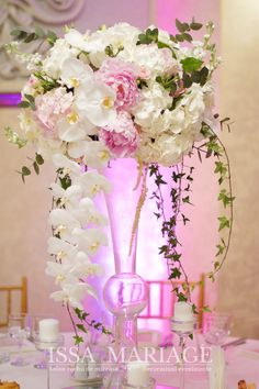 Decoratiuni si aranjamente florale pentru evenimente nunta si botez realizate din flori naturale ISSA Events. Glass Vase, Floral Wreath, Wreaths, Long Hair Styles, Table Decorations, Wedding, Home Decor, Weddings, Flowers