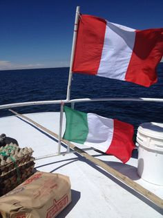 #Titicaca #Lake #flags #Peru #italia   www.perutravelexperience.com