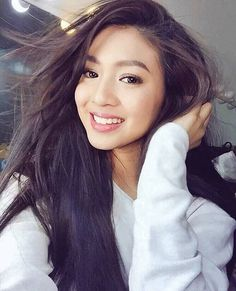Tips For Changing Your Hairstyle. If you like your hairdo, there's no reason to agonize over making a s Filipino, Filipina Actress, Filipina Beauty, Nadine Lustre, Hot Hair Styles, Asian Hair, Hair Looks, Asian Beauty, Beautiful People