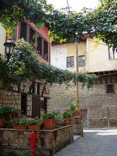 Βέροια / Veria-north Greece: the old town Mykonos, The Beautiful Country, Beautiful Places, Jedi Powers, Enchanted Garden, Holidays And Events, Art And Architecture, Old Town, Science Nature