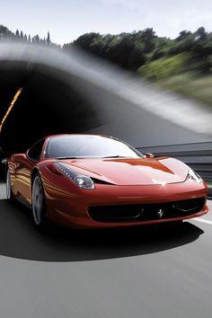 Ferrari 458 Italia Cruising