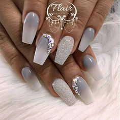How to choose your fake nails? - My Nails Silver Nails, Glam Nails, Fancy Nails, Cute Nails, Pretty Nails, My Nails, Cute Acrylic Nails, Acrylic Nail Designs, Nail Art Designs