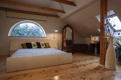 lit-sous-les-toits-Photographee.eu_.jpg (700×466)