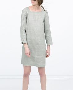 Image 2 of STRAIGHT SEAMED DRESS from Zara