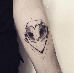 Resultado de imagem para tatuagem coruja geometrica