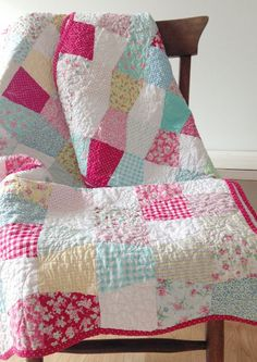 Tumbler Quilt by The Little White Farmhouse Shared by www.nwquiltingexpo.com @NWQuilting Expo #nwqe #quilting