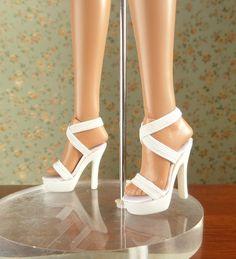 Essential Ellowyne Six - Blonde (W14EWBD03) shoes