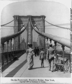 In the Brooklyn Bridge was completed, allowing New York City residents of Brooklyn and Manhattan, for the first time, to cross the East River without going by boat or waiting to be ferried. Vintage Photographs, Vintage Photos, Antique Photos, Old Pictures, Old Photos, Photographie New York, Brooklyn Bridge New York, Pedestrian Crossing, Vintage New York